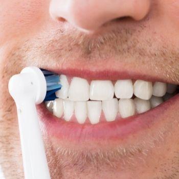 Denti uomo